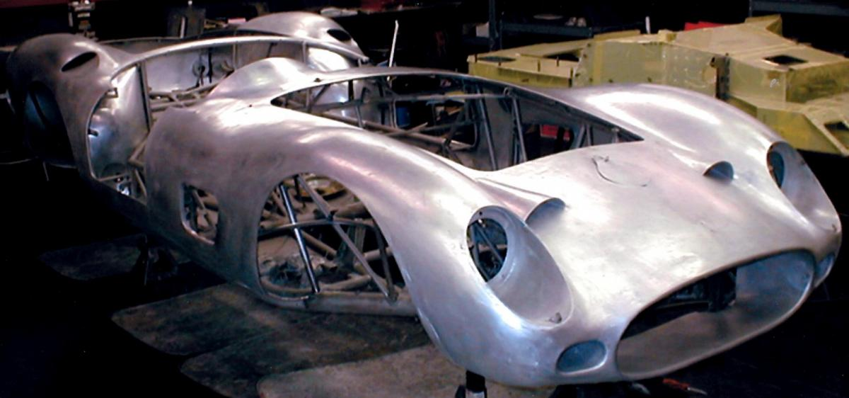 Autocentrics custom paint and restoration specialists fabrication solutioingenieria Image collections